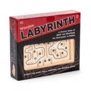 Dřevěný labyrint